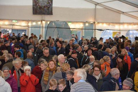 Nedgangen stoppa: Under Rakfiskfestivalen er det folksamt i Valdres. Men det tynnast ut blant dei fastbuande. Siste året har folketalet i Valdres gått ned med 150, men i siste kvartal har folketalet stått på staden kvil.