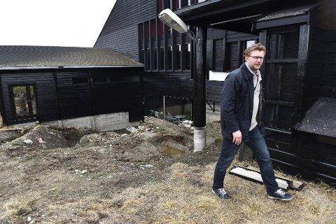 Starter fond: Ola Moe, her fotografert utenfor Rondablikk Hotell i 2016, vil bygge seg opp innen skog og kraft med utgangspunkt i Vang. Foto:Einar Almehagen/GD