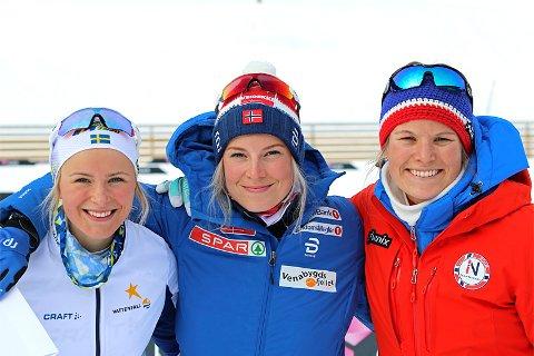 Pallen: Etter 5 km under Skandinavisk Cup i Granåsen og Trondheim 2018. Fra venstre: Frida Karlsson (2. plass), Thea Krokan Murud (1) og Mari Eide (3).