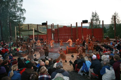 Premieren på Sol av Isfolket for ti år siden på Valdres Folkemuseum i Fagernes.