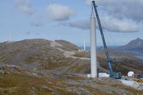 Vindkraft: Bildet er tatt under den pågående vindkraftutbygging Kvitfjell i Troms.