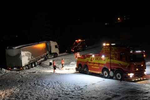 Vogntoget ble snudd og berget tirsdag kveld. Men historien var ikke over med det. Foto:Nils Rogn
