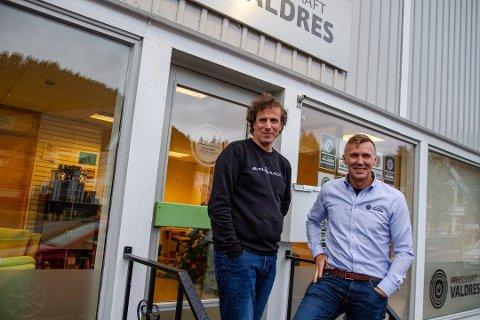 MILLIONLØNN: Lars Moe Westgård (t.v.) og William Holden gjør det godt med sin virksomhet, Arbeidskraft Valdres. De to er henholdsvis nummer fire og seks på inntektstoppen i Vestre Slidre.