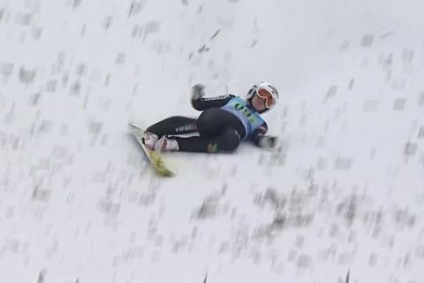 Fall: Her faller Ingebjørg Saglien Bråten i verdenscuprennet i Ljubno.
