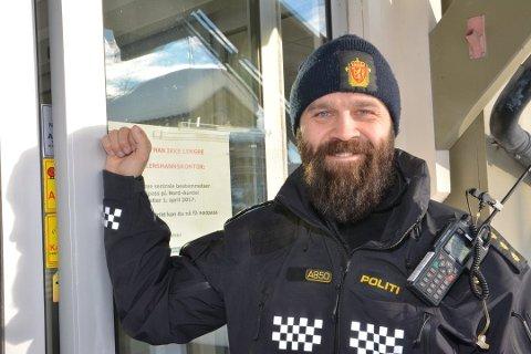 Bård Høston skal henge av seg uniformen og jobbe med gutta på videregående i året som kommer. Han er spent.