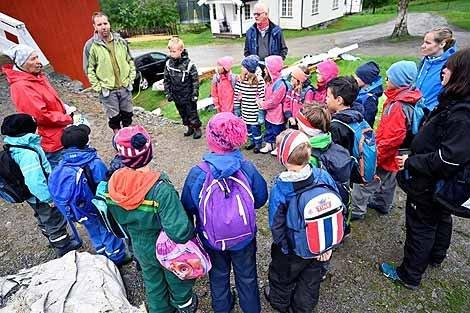 Peder Olav ønsker velkommen til Lyngstad