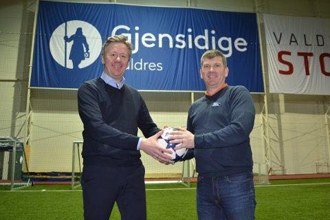 NYE SAMARBEIDSPARTNERE: Christian Blix-Nilsen, daglig leder i Gjensidige Valdres og Knut Vidme Skattebo, leder for det som nå heter Gjensidige Valdres Cup.