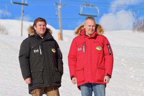 Brødrene Atle og Bjørnar Hovi (t.v) eier og driver Beitostølen Resort, med to hoteller, leiligheter og hytter, og i alt 2.600 kommersielle senger, i tillegg til alpinanleggene. Nå er alt stengt og 120 ansatte er permitterte, men brødrene Hovi er offensive, jobber med nye prosjekter og forbereder seg til hverdagen normaliseres igjen.