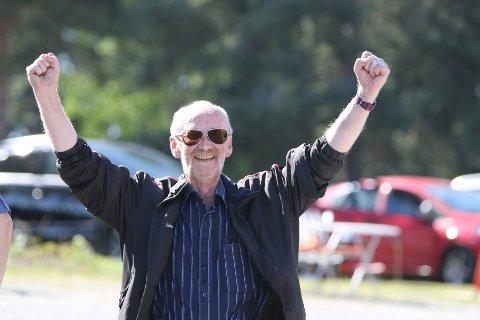 KAN JUBLE: Per Løberg kan juble om dagen. Ikke bare har han blitt «pappa» til føllet Amazing Cash nylig, tirsdag vant Golden Daiquiri på Forus.