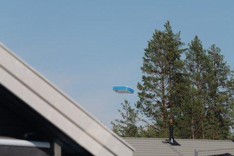 SKOG: Bassenget ble ført mot skogen.
