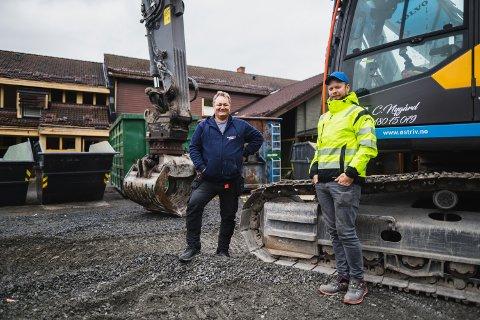 JEVNER MED JORDEN: Erik Martin Berge og Christoffer Nygård i Øst-Riv.