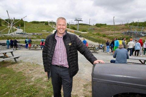 Folk i farta: Atle Hovi har tatt igjen nesten alle permitterte, som følge av stort påtrykk av norske gjester. Han håper trenden fortsetter.