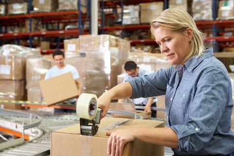 MÅNEDSLØNN: Den midterste månedslønnen i en heltidsstilling i Etnedal kommune ligger på 39.460 kroner, som er 4.940 kroner mindre enn i resten av landet. (Illustrasjonsfoto)