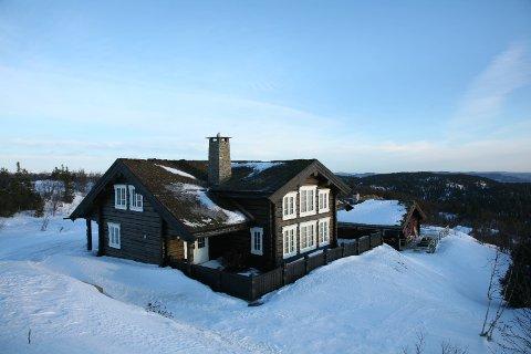 EIENDOMSOVERDRAGELSER: Ei hytte på Søre Fjellstølen ble solgt for 3,8 millioner, og ble med det dyreste eiendom i Sør-Aurdal i mars. Illustrasjonsfoto.