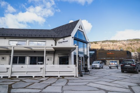 Midlertidig stengt: Tasty House holdes stengt etter at koronasmitte er påvist hos flere av deres gjester. Totalt seks personer er til nå smittet etter helga 15.–16. mai.