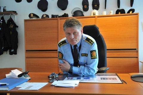 FØLGER MED: Politioverbetjent Geir Bakk Anthonsen er glad for at folk melder fra om mistenkelig oppførsel.