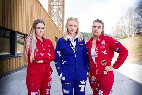 FØLER SEG BRUKT: fv: Carina Strand (18), Thea Sofie Gustafson (19) og Thale Rinnan (18) sier de føler seg brukt av arrangøren til de to russetreffene som er avlyst. Foto: Tonje Ruud Sjølie