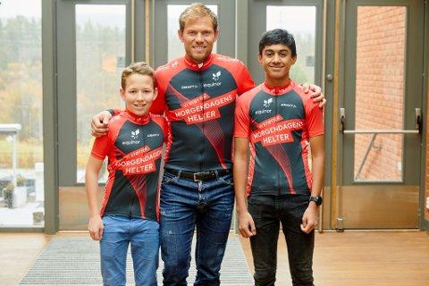 De talentfulle nittedalsrytterne Markus Aleksander Næss og Hassan Sharis fikk møte sin store helt, Thor Hushovd, under helgens talentsamling i regi av Norges Cykleforbund og Equinor Morgendagens Helter.