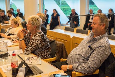 GIR SEG: Alfred Kirkeby (fremst) er den eneste av kommunestyrets 29 faste representanter som ikke stiller til gjenvalg til Nittedal kommunestyre i høst.