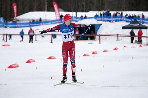 SUPER HELG: Lørdag ble det cupseier og søndag stafettseier. Simen Gløgård Stensrud fikk full uttelling denne helga.