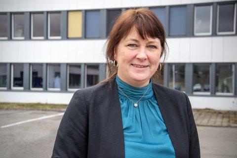 NYRUNDE:Rektor Randi Michaelsen på Bjertnes videregående skolemå igjen rigge om til digital hjemmeundervisning.