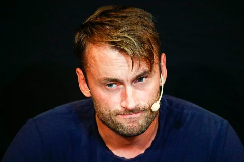 TØFT: Petter Northug hadde det synlig tøft under pressekonferansen i Trondheim forrige uke.