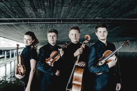 SNART 30 ÅR: Oslo Strykekvartett ble stiftet i 1991, og turnerer fortsatt inn- og utland med et bredt program. Kvartetten består f.v. av Liv Hilde Klokk (fiolin), Geir Inge Lotsberg (fiolin), Øystein Sonstad (cello) og Magnus Boye Hansen (bratsj).