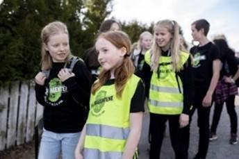 BEINTØFT: Miljøagentene arrangerer Norges største gå-til-skole-aksjon med over 40.000 påmeldte elever fra hele landet.