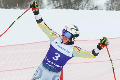 FANTASTISK NM: Thea Louise Stjernesund jubler etter storslalåm for kvinner under NM i alpint på Oppdal. I dag, søndag, toppet hun helgen med gull i slalåm-øvelsen.
