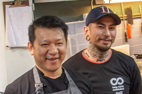 FORTSATTIHAKADAL:Tidligere eier og driver Hung Vinh Hanvo og kokk Tommy Destino Tran fra da de drev Huset bar & kjøkken ved Elvetangen.