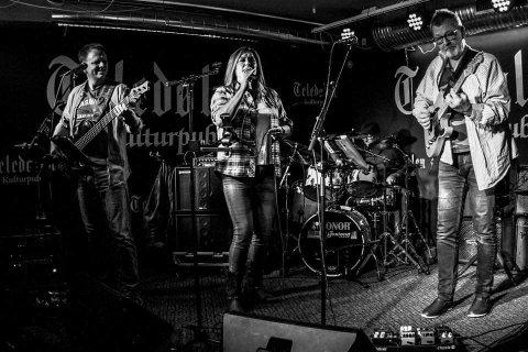 UTELIV:Lene Lie Band spiller på Hagan cafe lørdag kveld.