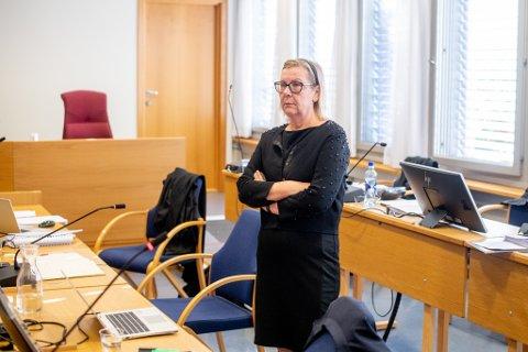 TILTALT: Ordfører Hilde Thorkildsen står tiltalt for grov korrupsjon. Tirsdag vitnet ekskona til medtiltalte. Der ble blant annet en SMS-trussel som inkluderte Thorkildsens navn tatt opp.
