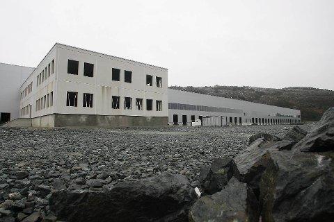 Dette bygget skulle bli Lidls sentrallager. Det består av 35.000 kvadratmeter lager og 2.000 kvadratmeter med kontorer. ARKIVFOTO: VIDAR LANGELAND