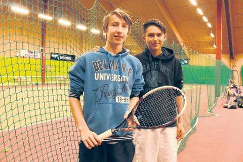 Daniel Stålnacke og Marco Wilhelmsen imponerte nok en gang med tennisracketene.