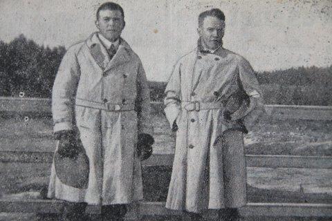 HISTORISK: Ragnvald Karlstad (t.v.) fra Hølen ble historisk da han i 1926 ble første formann i Follo Friidrettskrets, her sammen med Magnus Husby fra Ås. Foto: Gamle Sportsfoto