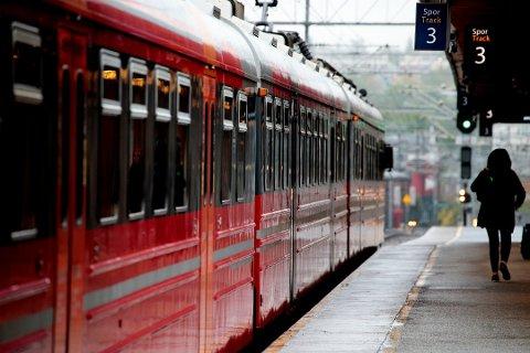 Til sommeren blir det perioder med stengte togstrekninger og redusert kapasitet. Foto: Lise Åserud / NTB scanpix (Foto: Åserud, Lise)