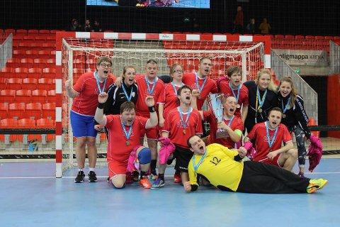 Follo Drømmelag har vunnet flere turneringer - i både fotball og håndball. Til helgen er det håndball som gjelder.