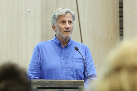 OVERRASKET: Svein Gran i Son kulturkirke SAGA hadde forventet en større interesse i forkant av arrangementet lørdag 20. oktober.
