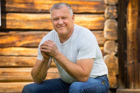 Rolf Gjølstad er med i årets utgave av «Jakten på kjærligheten». Mandag kveld går første episode på TV 2.