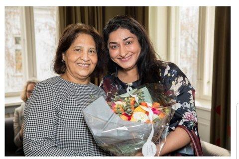 GENEREASJONSTREFF: Lørdag kan du møte Azra Gilani og Shabana Rehman i samtale i Villa Pop Ups lokaler i Rådhusgata i Vestby.
