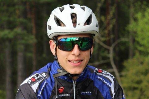 Tobias Johannessen vant tempoklassen og ledet rundbane veldig lenge, men unggutten sprakk litt til slutt.