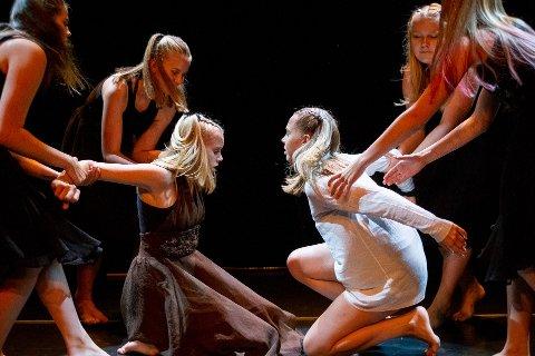 Brevik Danseverksted hadde danseforestilling søndag.