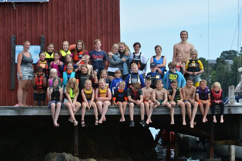 "God deltagelse: Hele 33 barn og 10 voksne er med når Soon seilforening arrangerer ""Gøy på vannet"" denne uken."