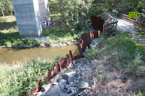 STENGT: Vestby kommune har vært nødt til å stenge denne brua.