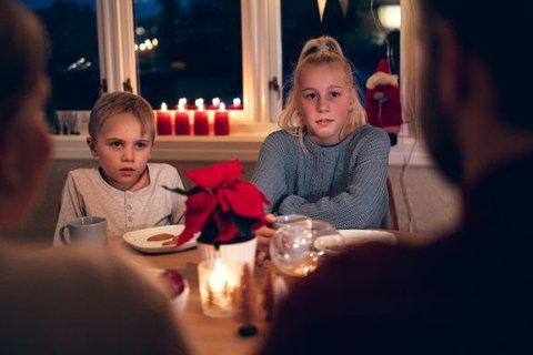 RÅD: Alkovettorganisasjonen Av-og-til råder foreldre til å være sitt ansvar bevisst når det gjelder alkoholkonsum sammen med barn i juletiden.