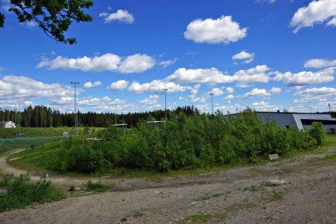 POSITIVE POLITIKERE: På dette området ved skateparken på Risil har Vestby IL planlagt en aktivitetspark. Formannskapet vedtok leieavtalen uten kommentarer.