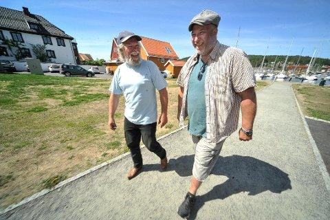 INITIATIVTAKERE: Kai Dybedahl (til venstre) og Mats Looman tok initiativ til Kulturdøgn Soon i 2018. I august blir det ny folkefest i Son, forhåpentligvis med flere tusen besøkende.
