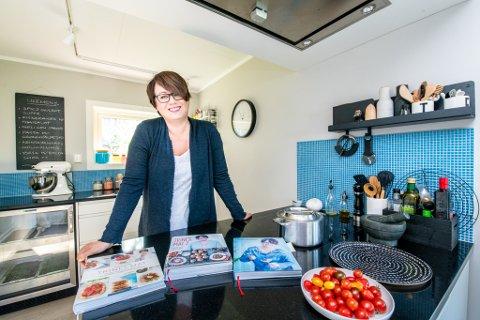Trine Sandberg gleder seg til å gi ut sin fjerde kokebok. – Jeg legger veldig mye av meg selv i bøkene mine og er veldig stolt av dem, sier hun.