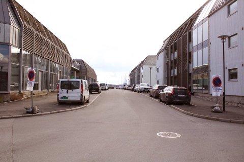 PARKERING: Beboerne i Havnegata frykter avgiftsparkering, og ønsker ny parkeringsløsning.