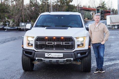 Egil Gylthe i Son har solgt fire Ford Raptor til over 1 million per stykk.